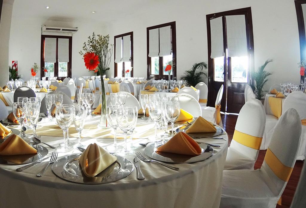 Salón Vivanco Eventos con capacidad para 200 personas en evento informal