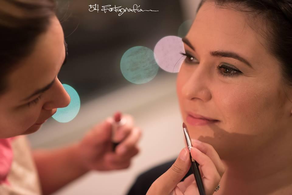 Adelaida Mercado Makeup &Hair Agustina novia