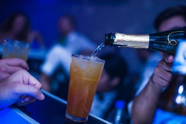 BarCode Drinks Service (Bebidas y Barras de Tragos) | Casamientos Online