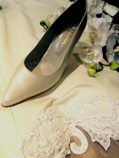 Stiletto Marfil nacar Alma Buenos Aires (Zapatos de Novias) | Casamientos Online