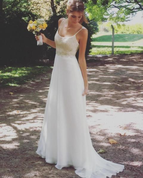 Giupiure y gasa de seda | Casamientos Online