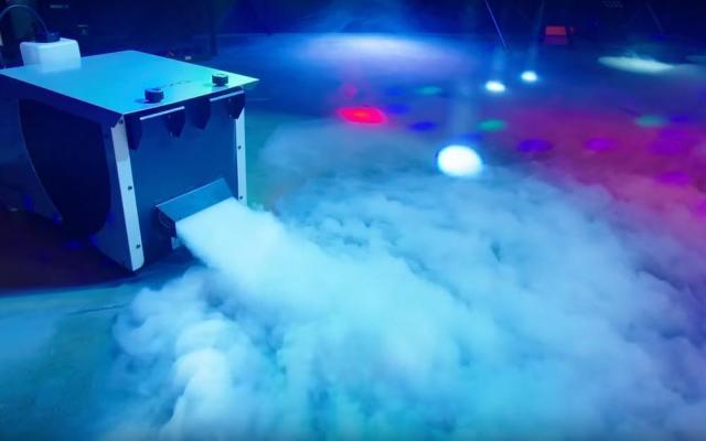 Maquina de humo bajo
