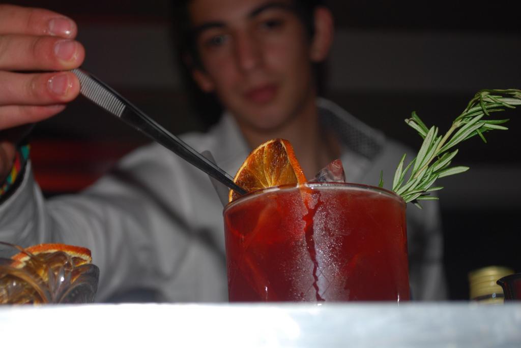 Bar intelligence (Bebidas y Barras de Tragos)