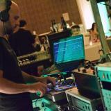 Servicio Básico de DJ