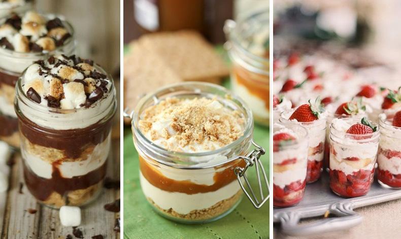 Tortas en vasitos para la mesa dulce