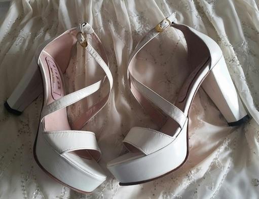Bispok (Zapatos de Novias)