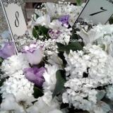 ¡De las flores nos encargamos nosotras!