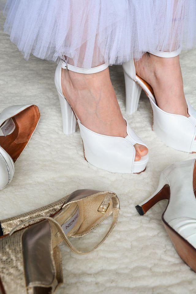 Thiagen (Zapatos de Novias)