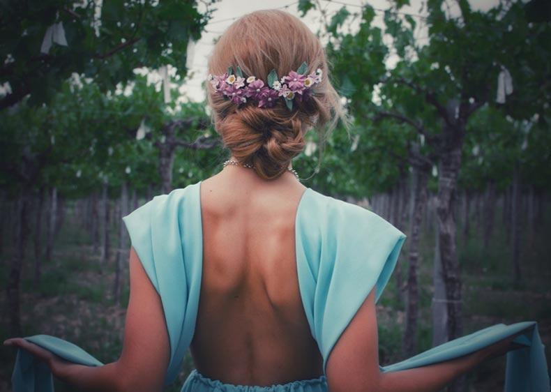 tocados para novias con flores