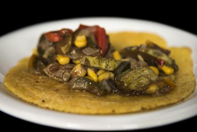 Tacos de Verdura, Carne y Pollo. Isla Mexicana | Casamientos Online