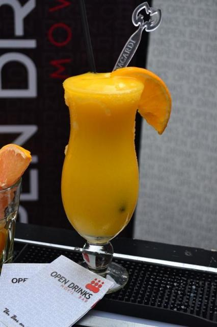 Barras Móviles de Tragos y Bebidas para Eventos y Fiestas Open Drinks Movil Bar | Casamientos Online