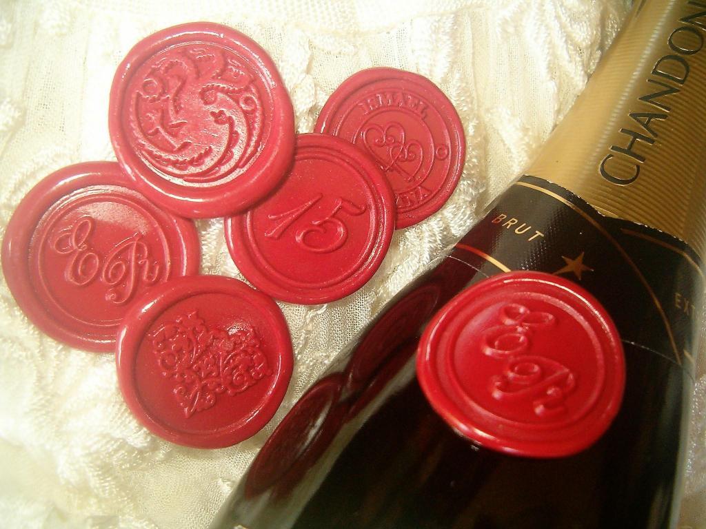 Sellos de lacre auto-adhesivos para botellas, servilletas y souvenirs