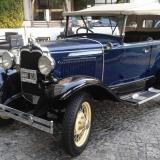 Ford A Azul convertible