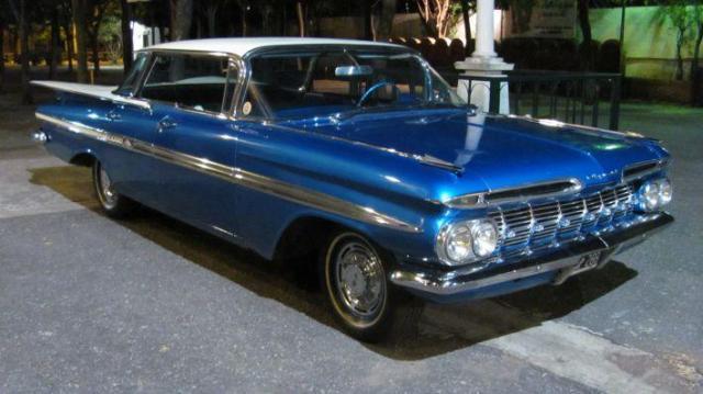 Impala 1959 azul | Casamientos Online