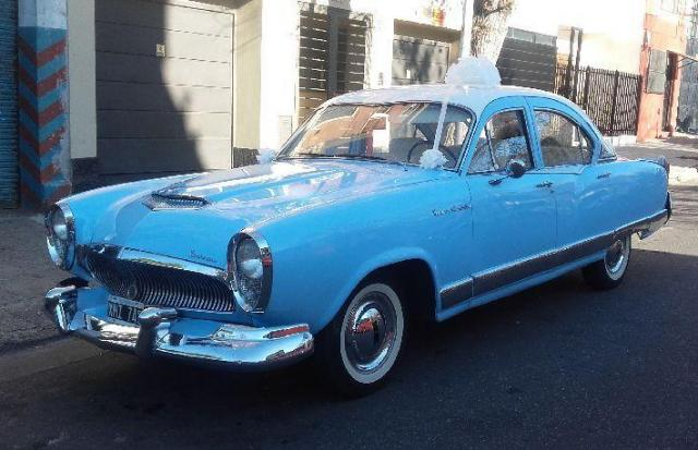 Kaiser Carabela 1961 celeste | Casamientos Online