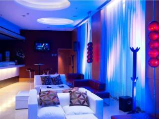 Imagen de 725 Continental Hotel...