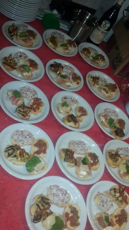 Ermaya Catering (Catering)