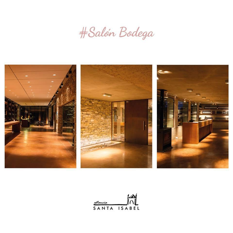 Salón Bodega - Estancia Santa Isabel