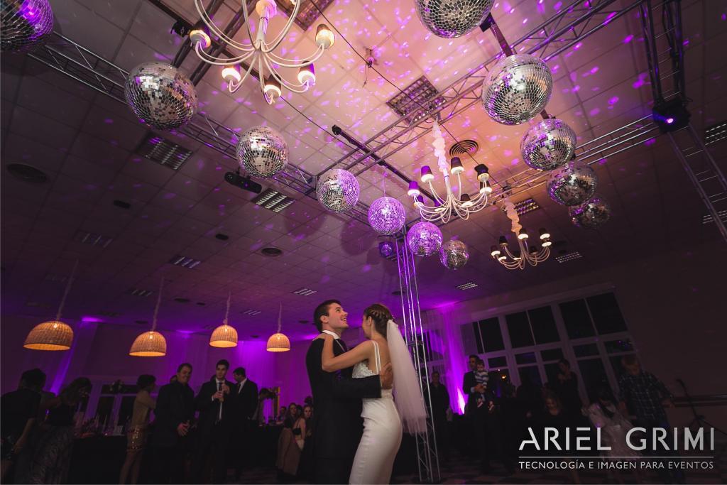Ariel Grimi (Disc Jockey)