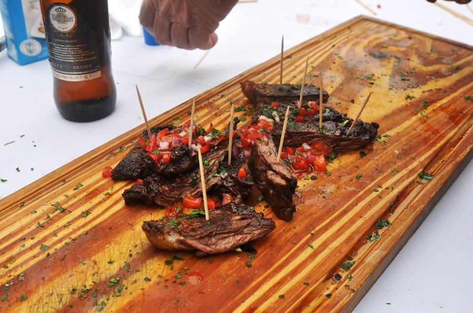 Raíz Fuego móvil - Degustación de carnes