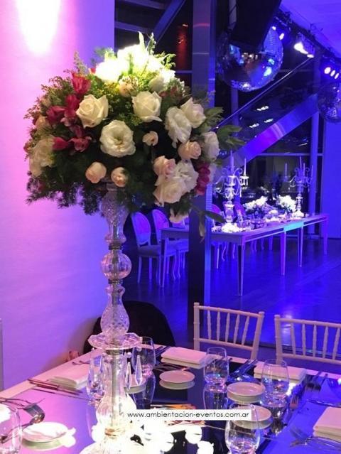 centros de mesas, flores naturales , topiarios... | Casamientos Online