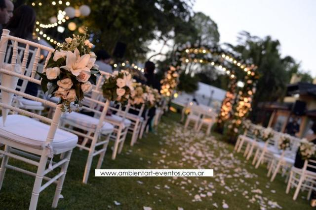 Ceremonias religiosas , sillas , telas , altar ... | Casamientos Online