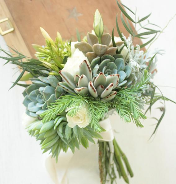 DON RAMÓN, diseño con flores (Ramos, Tocados y Accesorios)