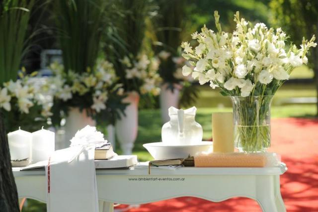el altar , flores naturales  | Casamientos Online