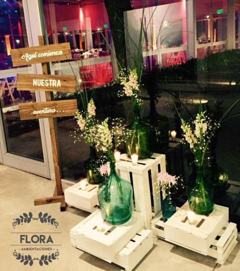 Flora Ambientaciones (Ambientación y Centros de Mesa) | Casamientos Online