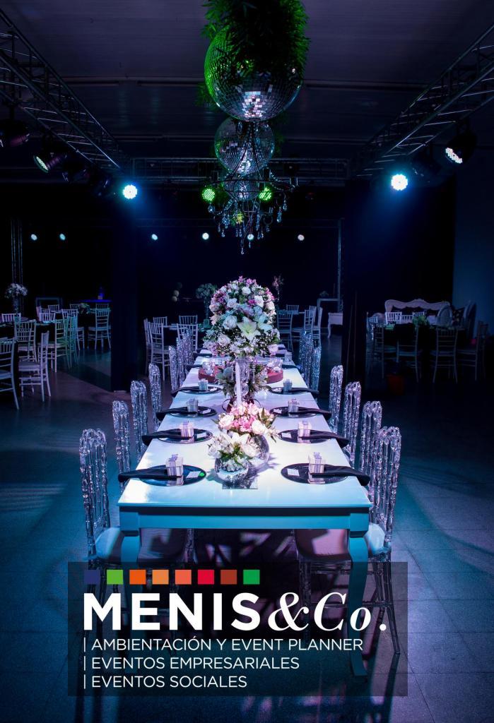 Menis & Company (Ambientación y Centros de Mesa)
