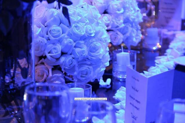 mesas cabeceras , flores naturales, rosas... | Casamientos Online