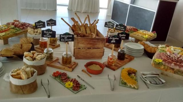 Luviam Catering (Catering) | Casamientos Online