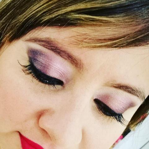 May Musitano Make Up y Belleza (Maquillaje)