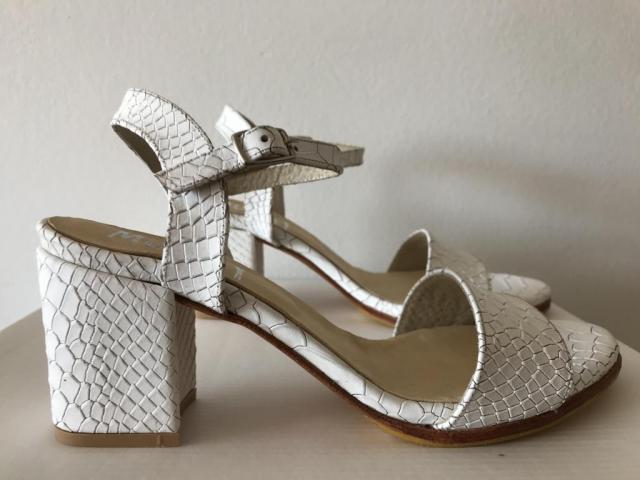 BERTA Munay (Zapatos de Novias) | Casamientos Online