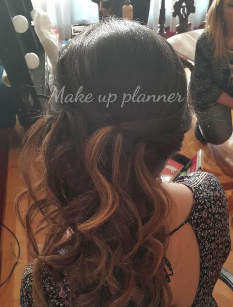 Peinado acompañante