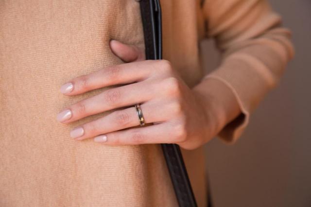 Anillo Fibra de Carbono y Titanio | Casamientos Online