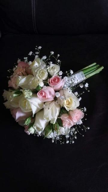 Lidia Salgado (Ramos, Tocados y Accesorios)   Casamientos Online