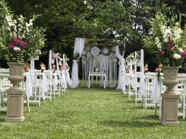 Love & Chic Ambientaciones (Ambientación y Centros de Mesa)   Casamientos Online