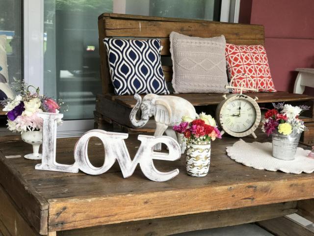 Love & Chic Ambientaciones (Ambientación y Centros de Mesa) | Casamientos Online