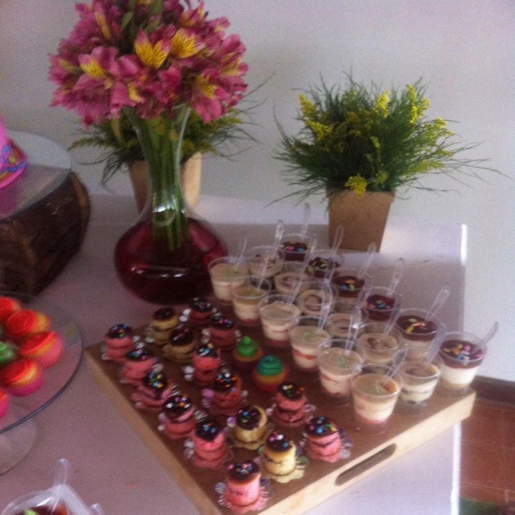 Mini cakes surtidos colores