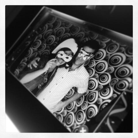 OMG Photobooth (Cabinas de mensajes, fotos y video) | Casamientos Online