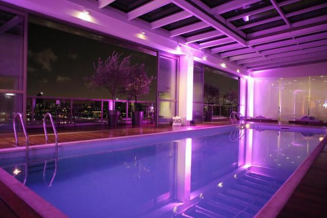 Salón Montmartre + Piscina | Casamientos Online