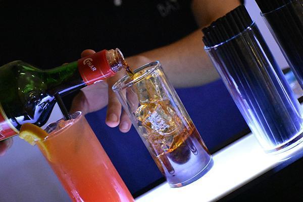 BAYOU Bar Service (Bebidas y Barras de Tragos) | Casamientos Online