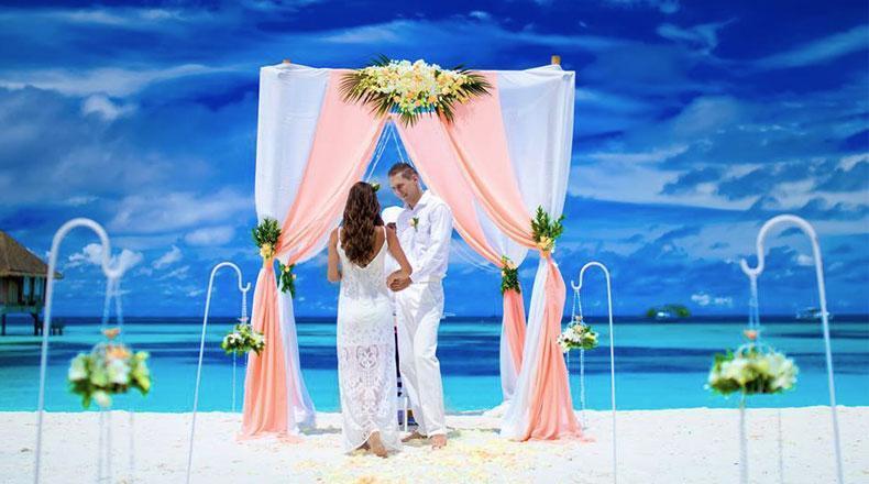 como hacer un casamiento en la playa. propuestas de club med