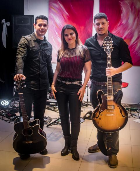 Axiales Rock Covers (Shows Musicales) | Casamientos Online