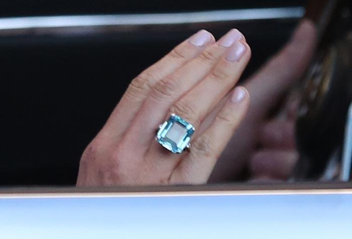 Anillo de Aguamarina, algo azul para la novia!