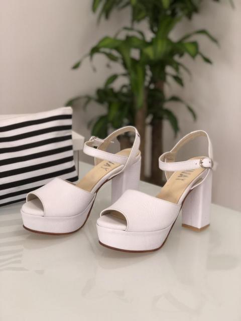 Munay (Zapatos de Novias) | Casamientos Online