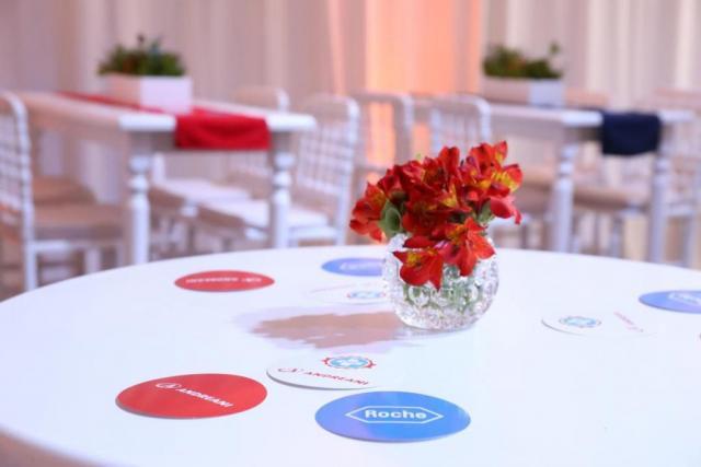 Deco y Mobiliario Empr... | Casamientos Online
