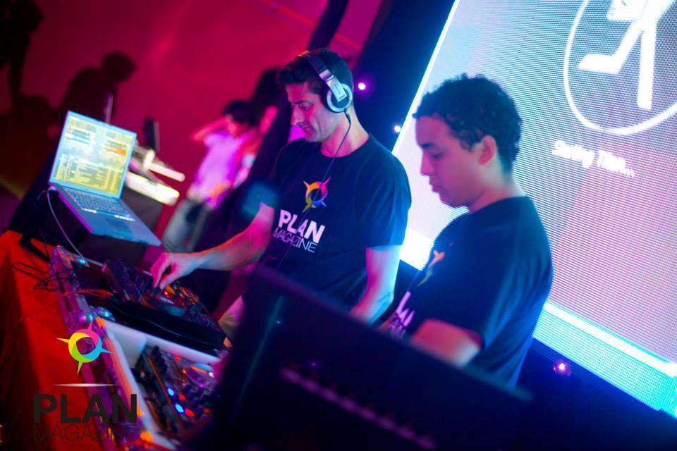 DJ MOUCH (Disc Jockey)