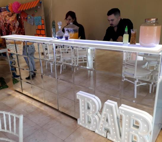 Barra de Tragos Espejada | Casamientos Online